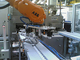 Robotic loading and unloading system